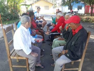 CRAS faz atividades na Vila Vicentina