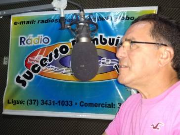 Prefeito Olívio participa de entrevista nas rádios