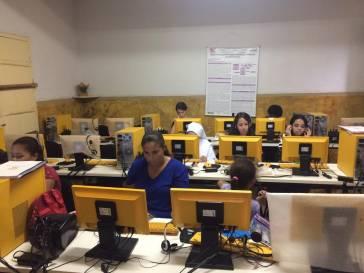 Prefeitura oferece cursos de artesanato e informática