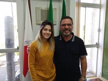 Prefeito Olívio nomeia nova secretária de Obras