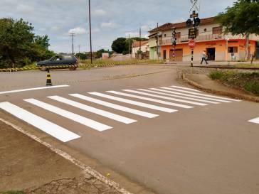 Prefeitura reforça sinalização de trânsito