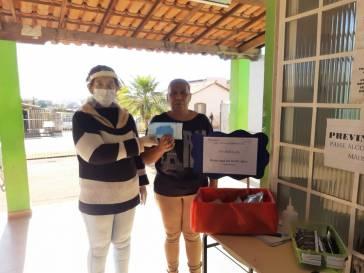 Pacientes das UBSs recebem máscaras