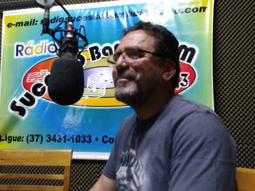 Prefeito explica na rádio o pedido de financiamento