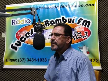 Prefeito Olívio agradece nas rádios apoio ao empréstimo para obras