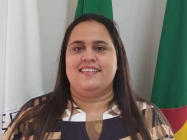 Giulyene Lívia Passos Silva de Campos Lucas